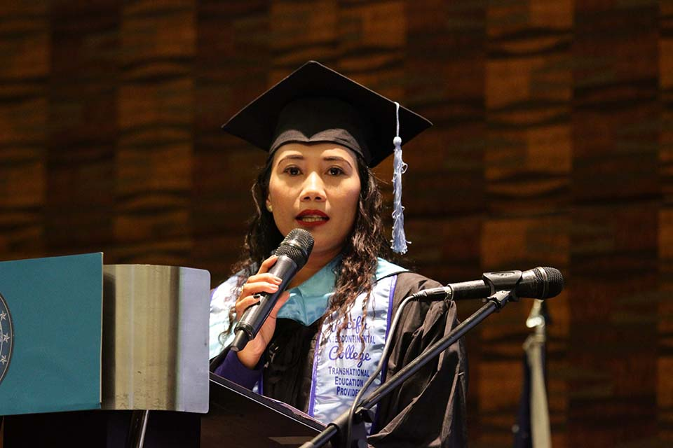 Lianne Saberola Best in Thesis Writing